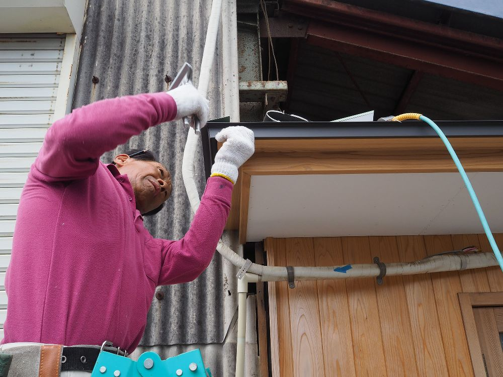 板金屋さんによる屋根葺き工事